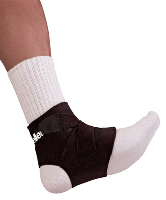 Mueller Soccer Ankle Support 3429